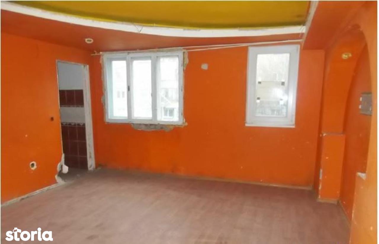 Apartament de vanzare, Hunedoara (judet), Strada Carpați - Foto 2
