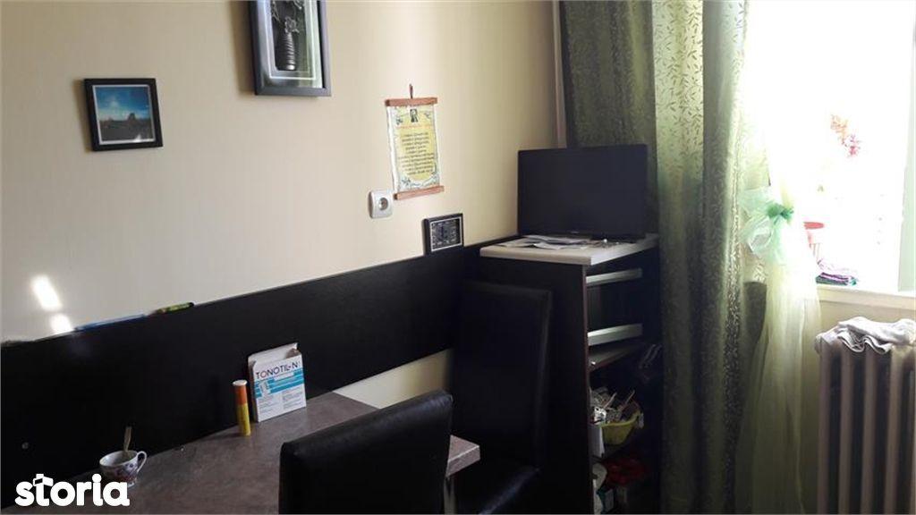 Apartament de vanzare, Argeș (judet), Strada Buna Vestire - Foto 7