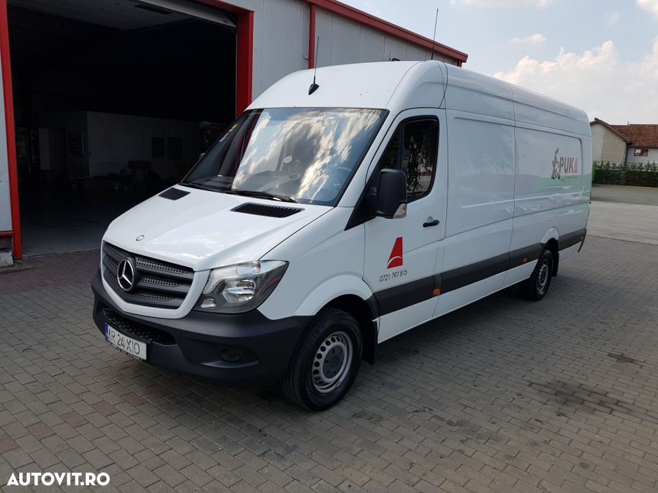 Mercedes-Benz 316 Extralung 2015  155mc - 1