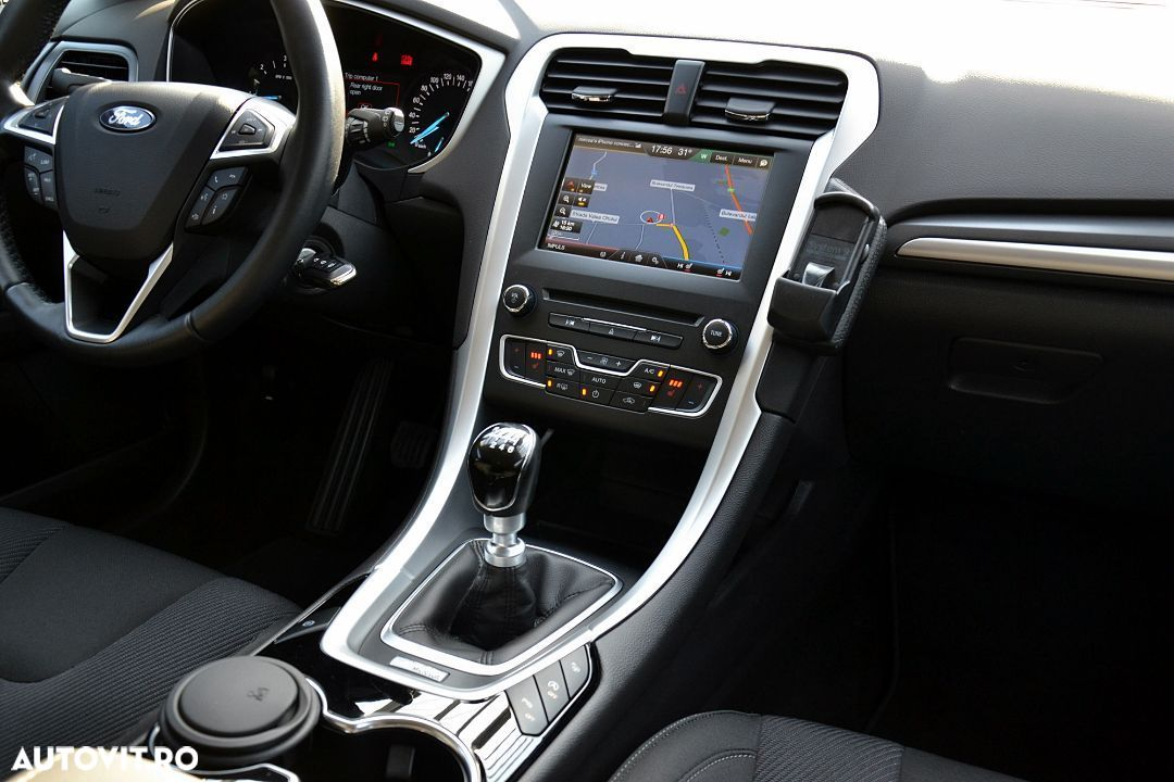 Ford Mondeo Mk5 - 7