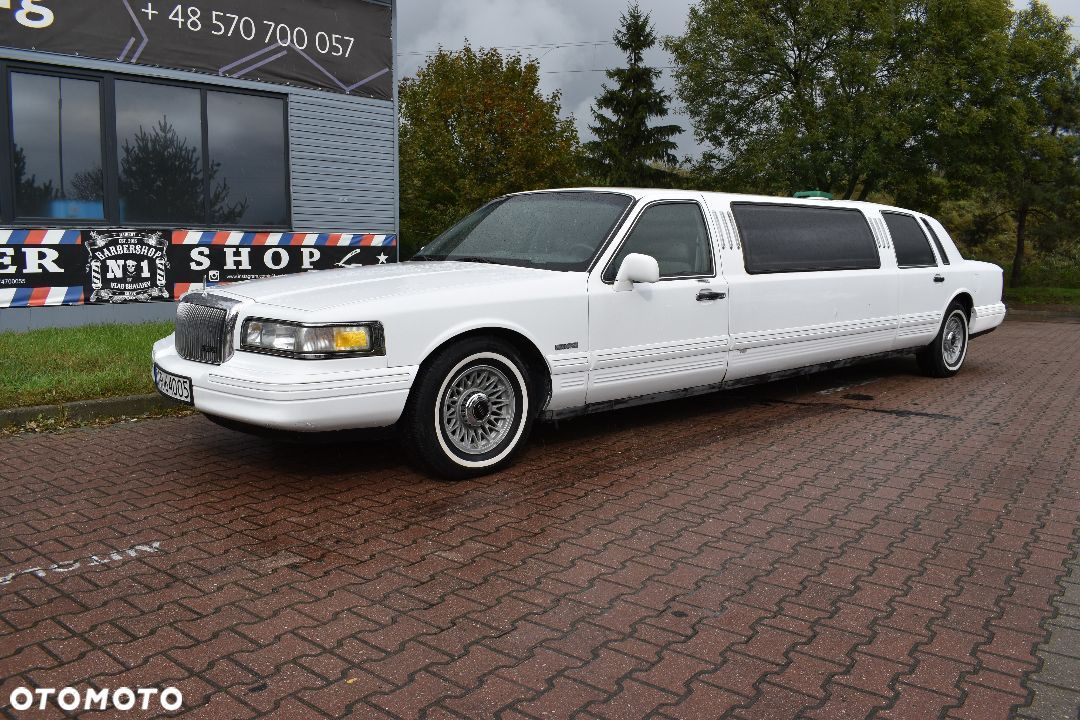 Lincoln Town Car Limuzyna Wesela lub reklame - 2