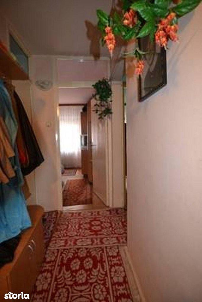 Apartament de vanzare, Brașov (judet), Tractorul - Foto 10