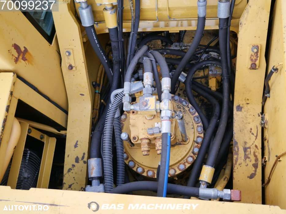 Cat 330CL Nice and clean machine - 8