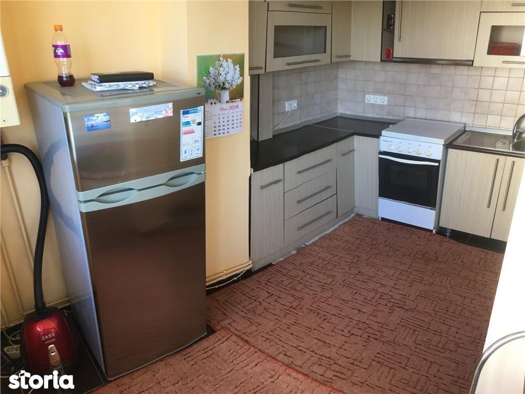 Apartament de inchiriat, Bistrița-Năsăud (judet), Bulevardul General Grigore Bălan - Foto 8