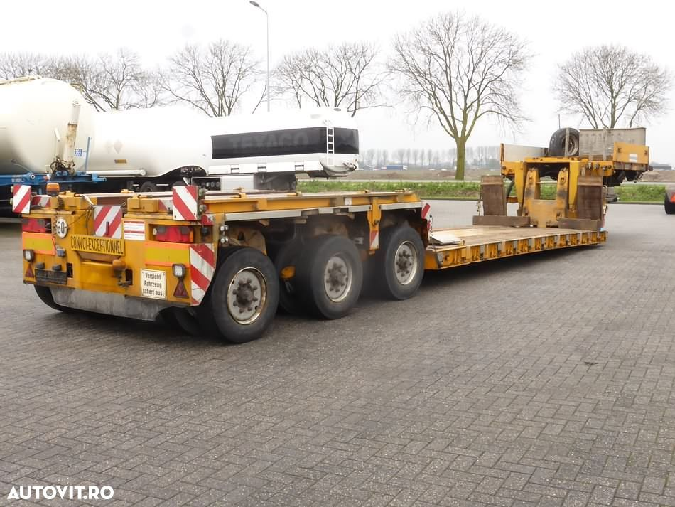 Goldhofer STHP/XLE 3 3X2 AXLES STEERING - 4