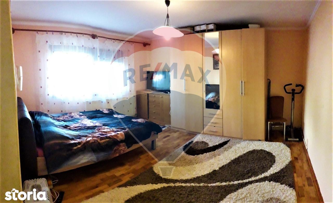 Apartament de vanzare, Satu Mare (judet), Micro 16 - Foto 3