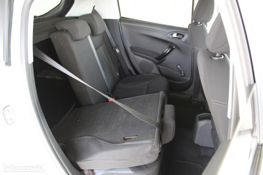 Peugeot 208 1.4 HDI Active - 25