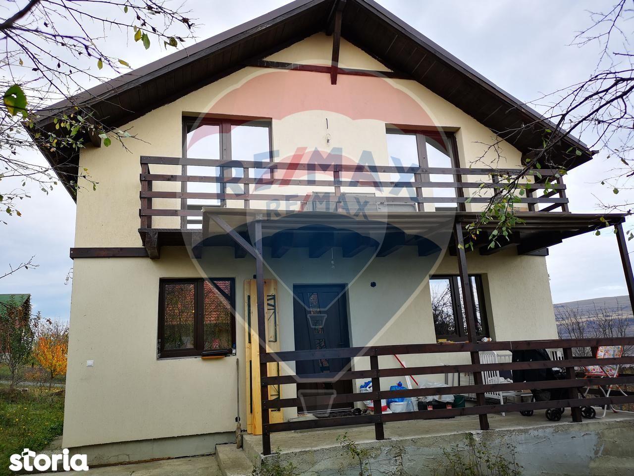 Casa de vanzare, Cluj (judet), Strada Valea Chintăului - Foto 1