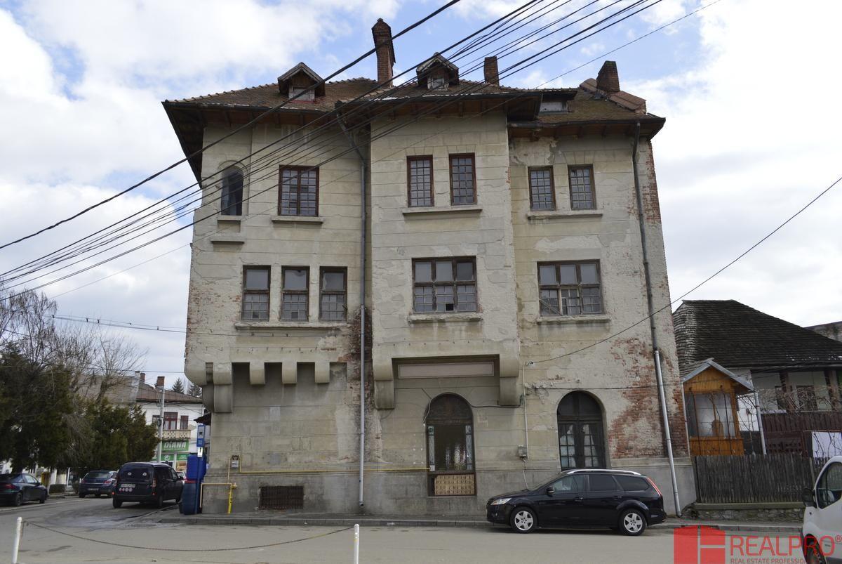 Casa de vanzare, Argeș (judet), Strada Castanilor - Foto 1