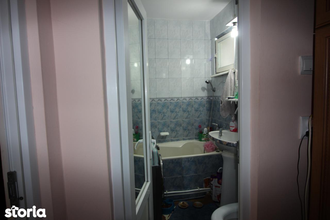 Apartament de vanzare, Bacău (judet), Centru - Foto 11