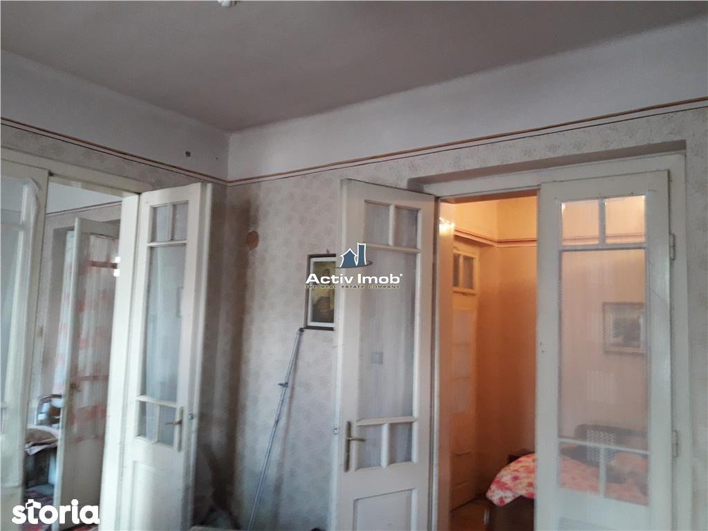Casa de vanzare, Caraș-Severin (judet), Aleea Constructorului - Foto 1