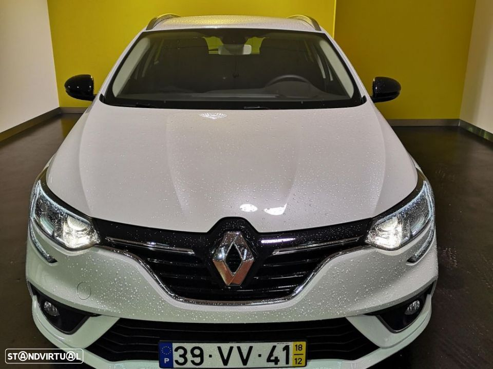 Renault Mégane 1.2 TCe 130cv Energy Limited - 4