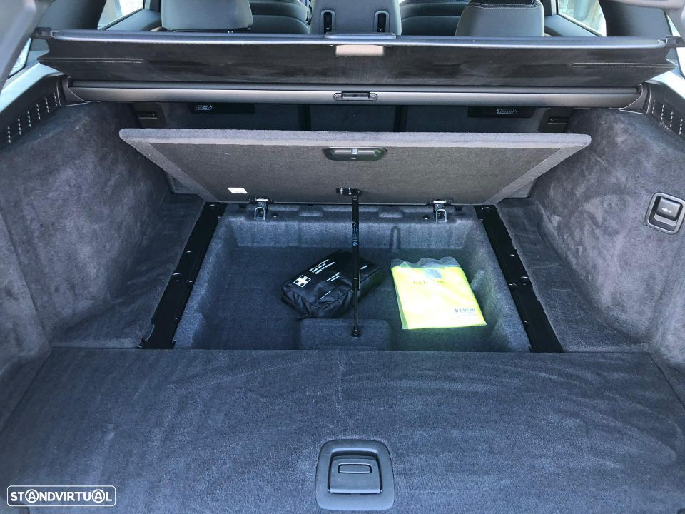 BMW 520 d Touring Pack M - 18