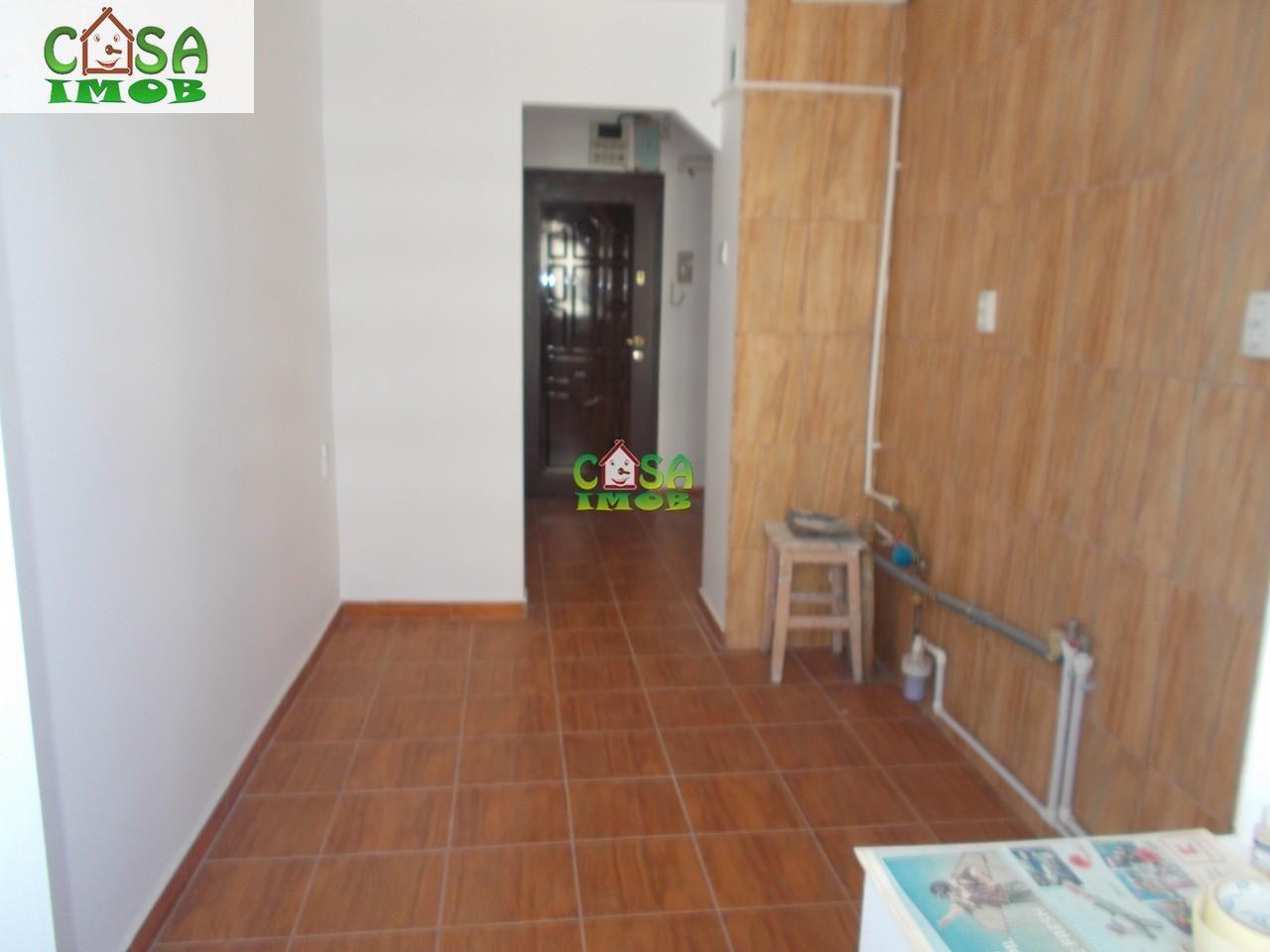 Apartament de vanzare, Dâmbovița (judet), Micro 6 - Foto 9