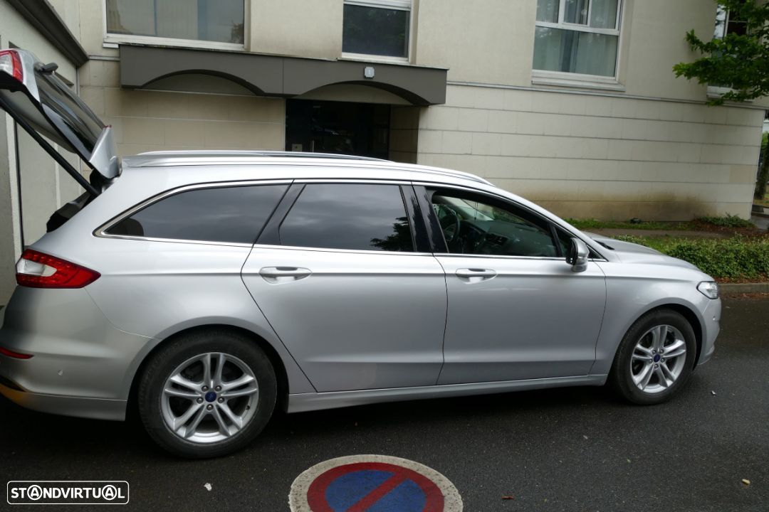Ford Mondeo SW - 27