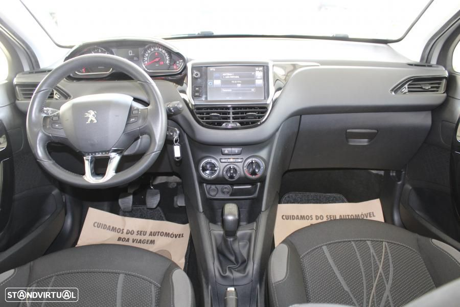 Peugeot 208 1.4 HDI Active - 6