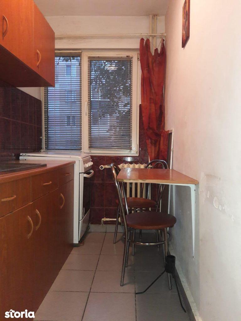 Apartament de vanzare, Arad (judet), Aurel Vlaicu - Foto 3