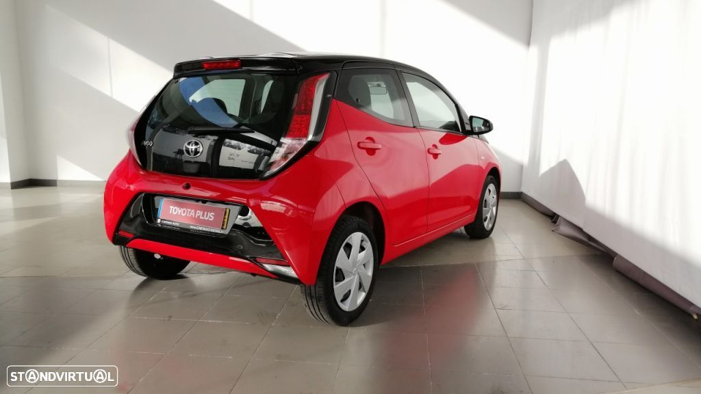 Toyota Aygo 5P 1.0 x-play + A+ x-touch - 4