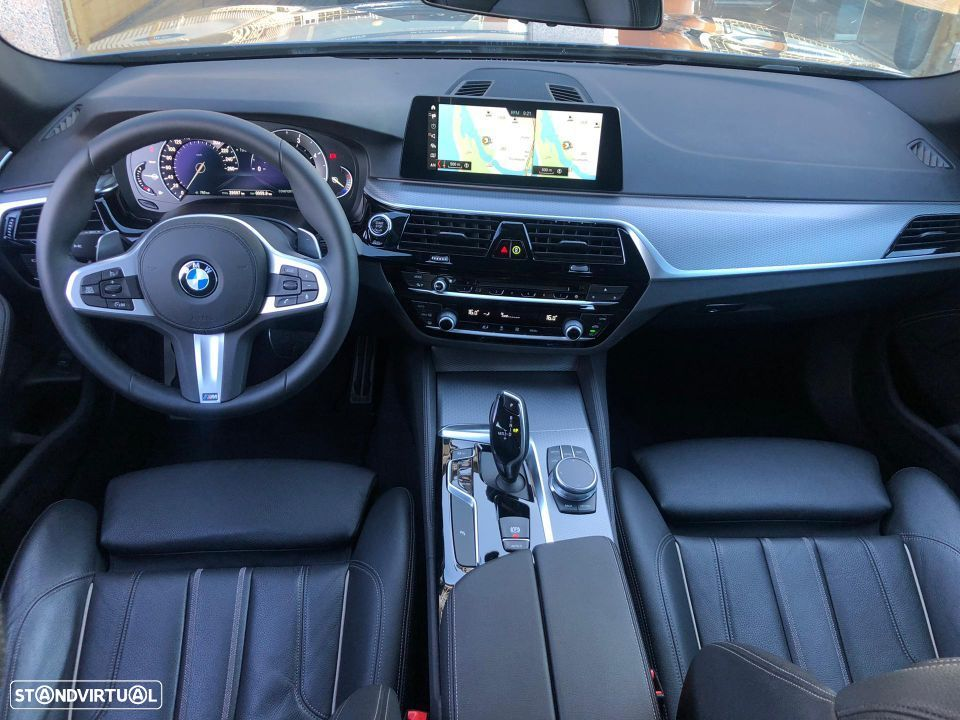 BMW 520 d Touring Pack M - 29