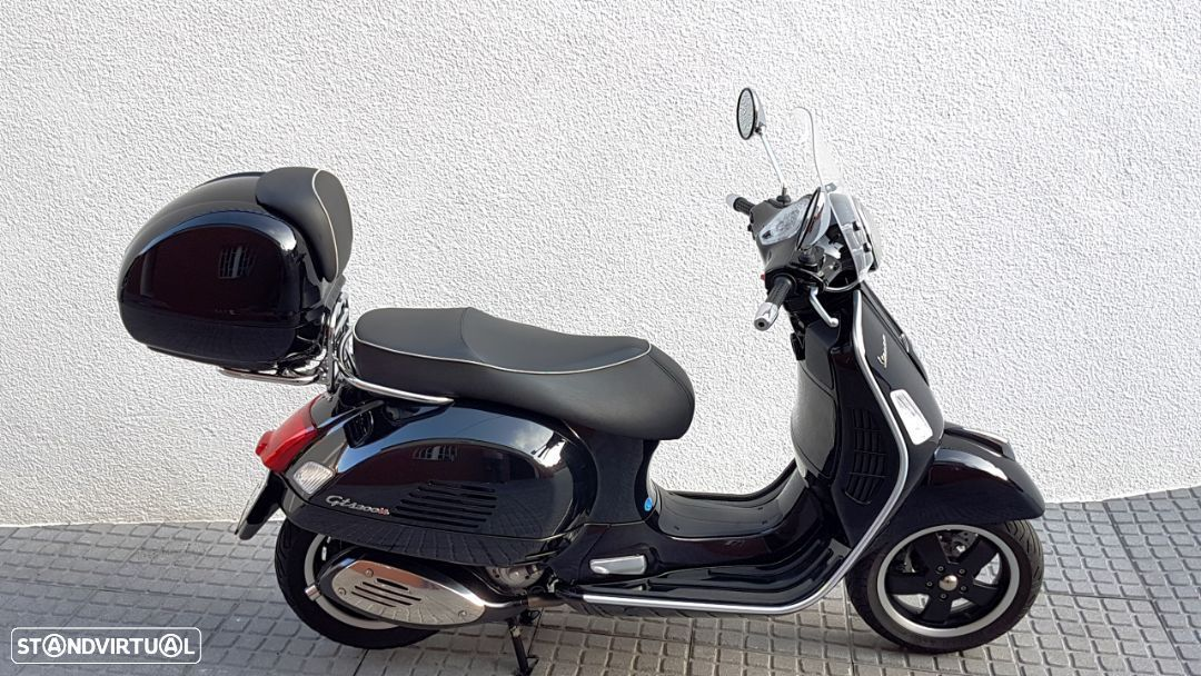 Vespa GTS Super 300 ie - 23