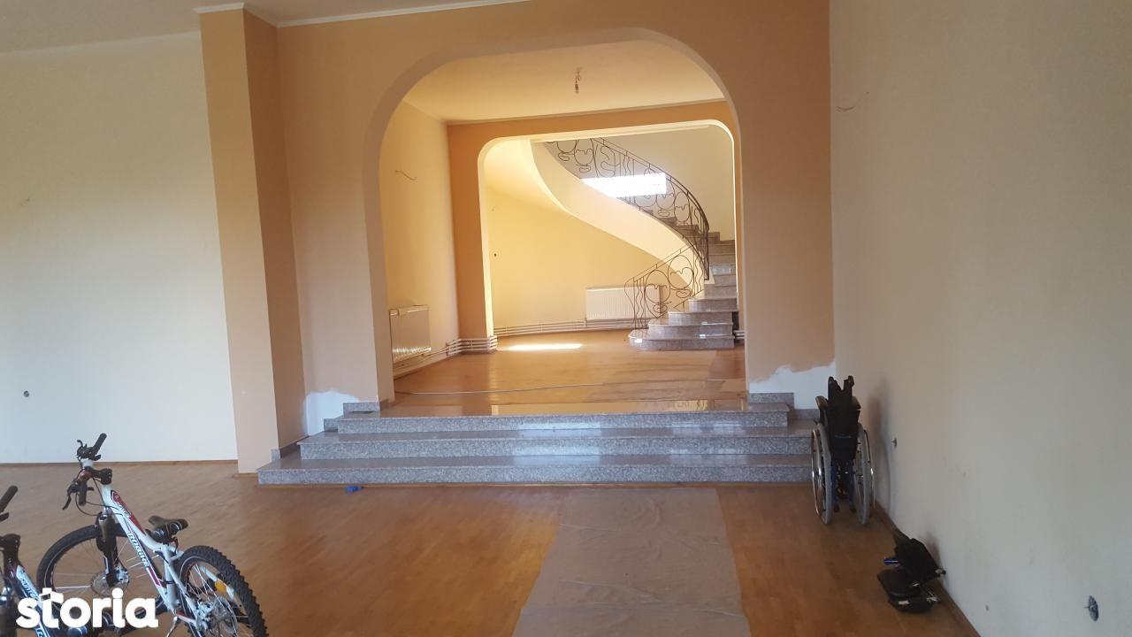 Birou de inchiriat, Prahova (judet), Albert - Foto 1