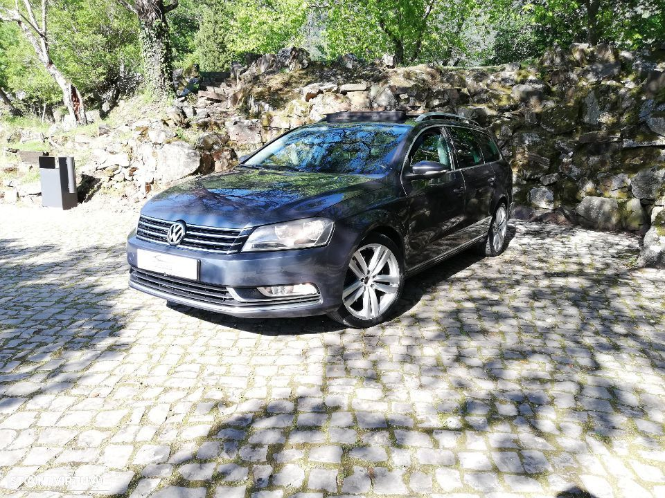 VW Passat Variant HIGHLINE 2.0 TDI - 1