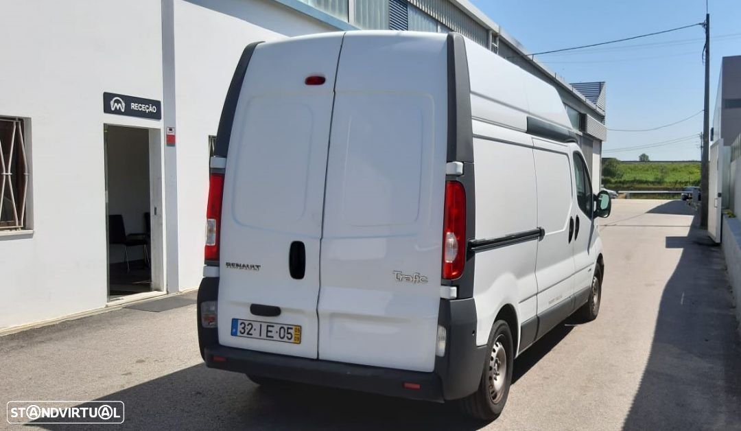 Renault TRAFIC 2.0 DCI - 3