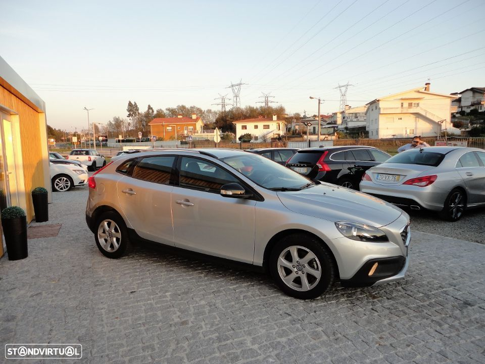 Volvo V40 Cross Country 1.6 D2 Kinetic - 5