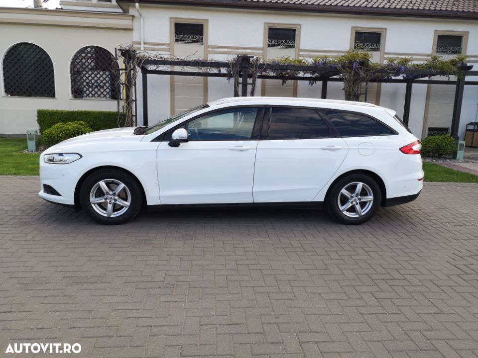 Ford Mondeo Mk5 - 14