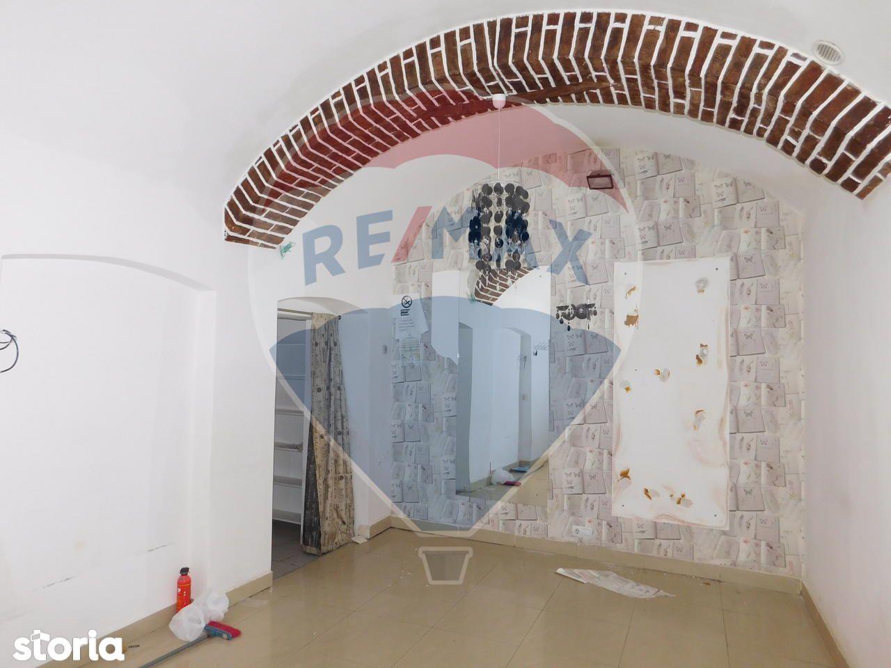 Apartament de inchiriat, Cluj (judet), Strada Memorandumului - Foto 1