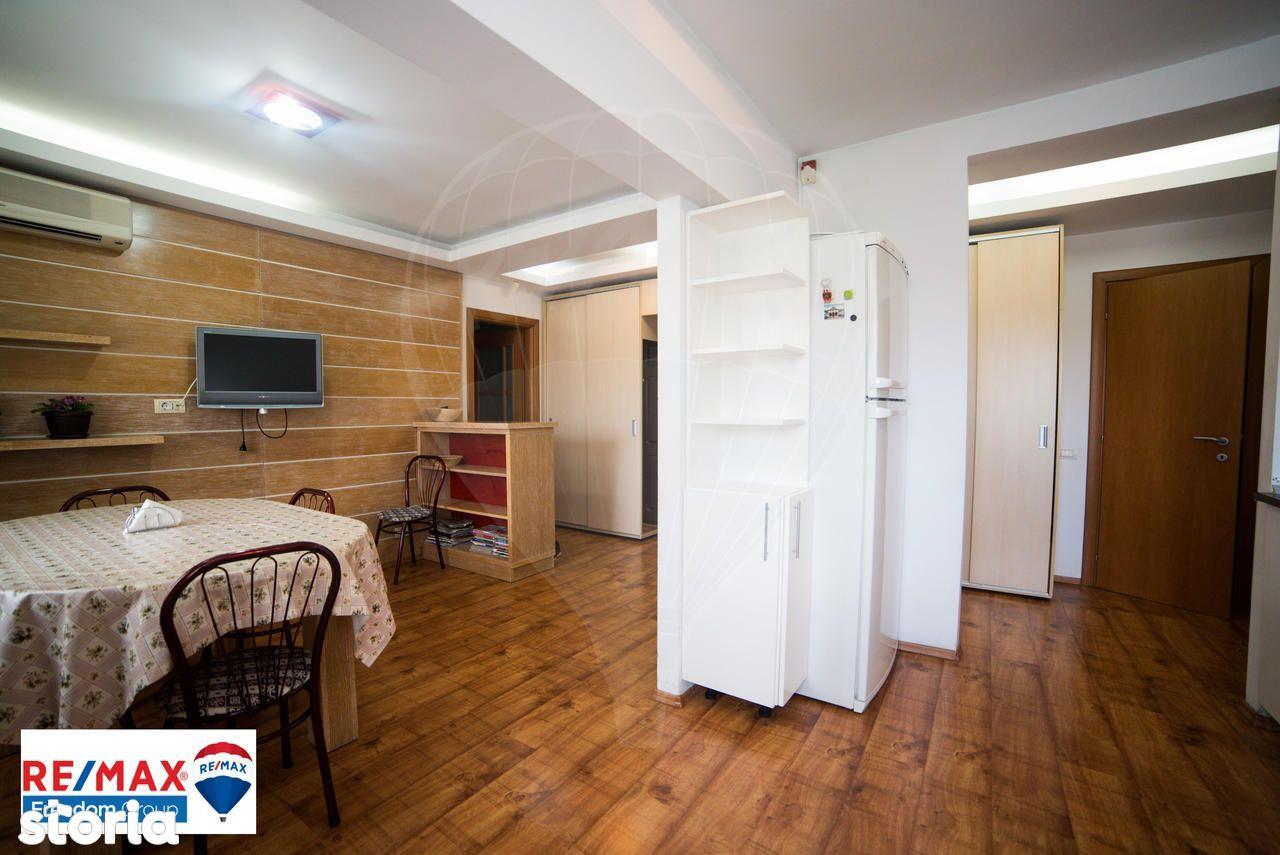 Apartament de vanzare, București (judet), Strada Doctor Iacob Felix - Foto 1