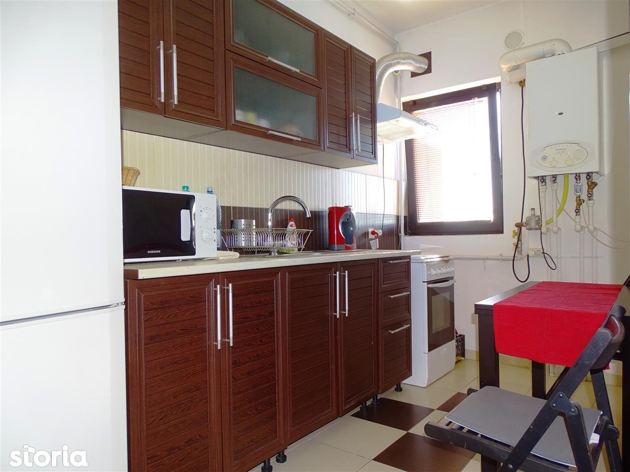 Apartament de vanzare, București (judet), Strada Berveni - Foto 5