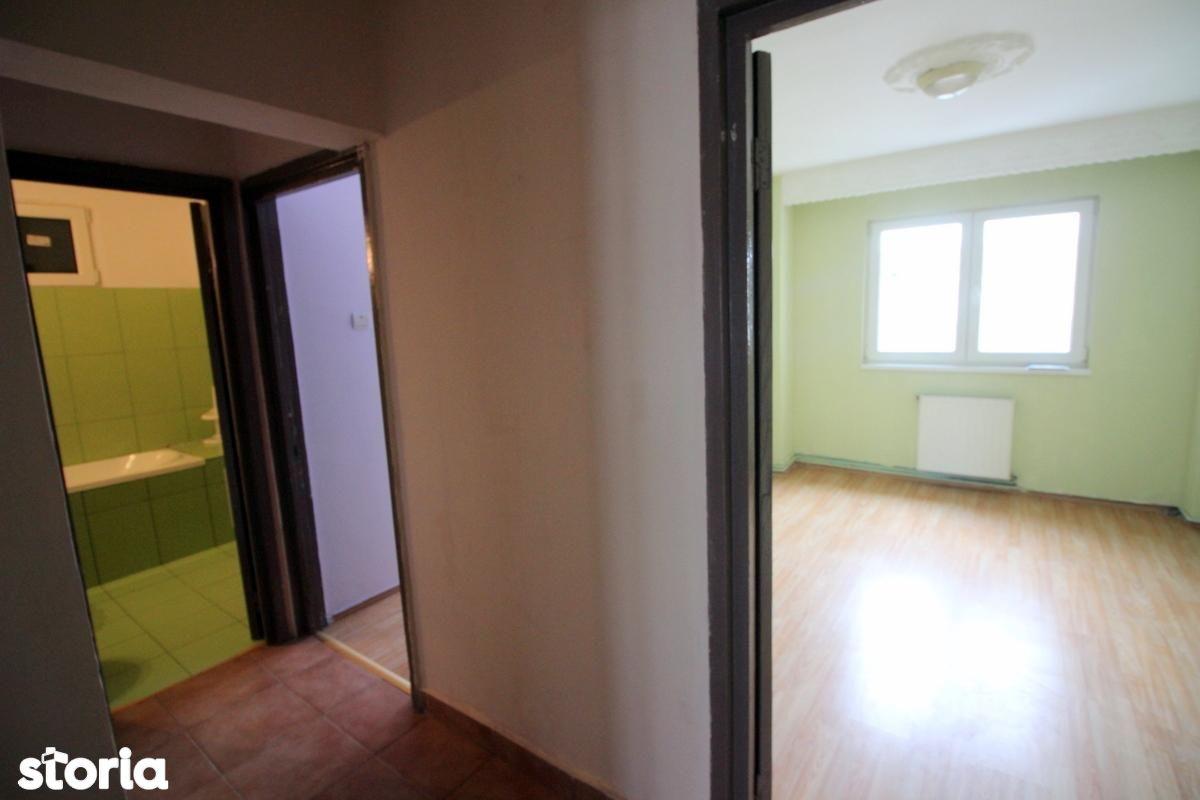 Apartament de vanzare, Bacău (judet), Strada Cornișa Bistriței - Foto 1