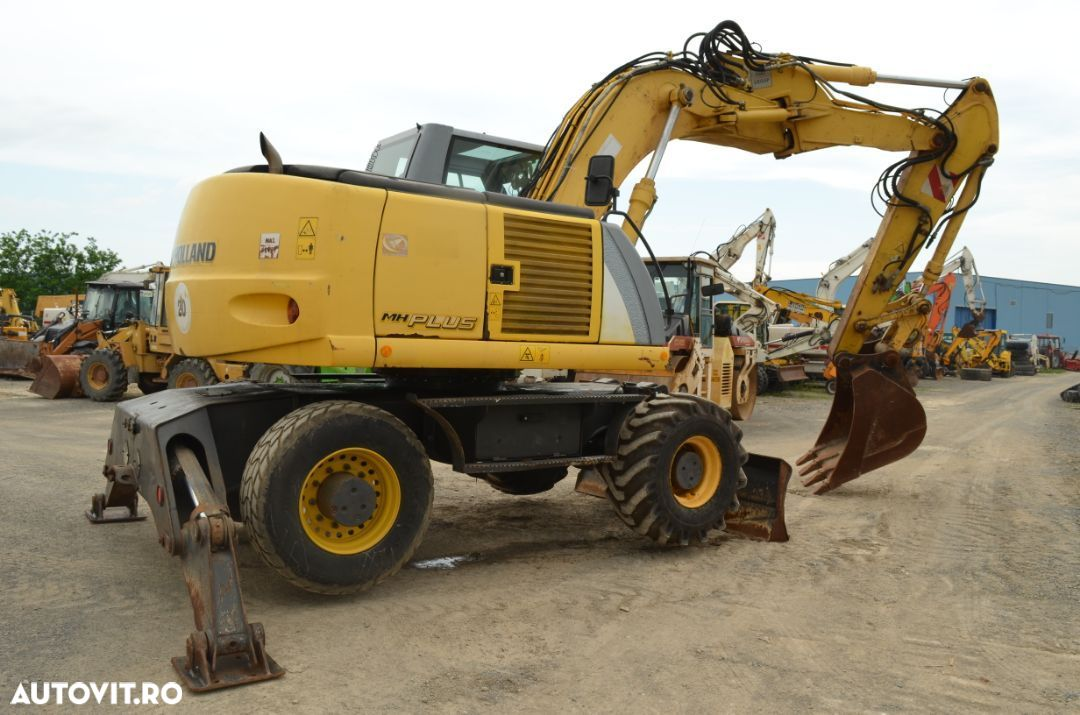 New Holland MH Plus - 3