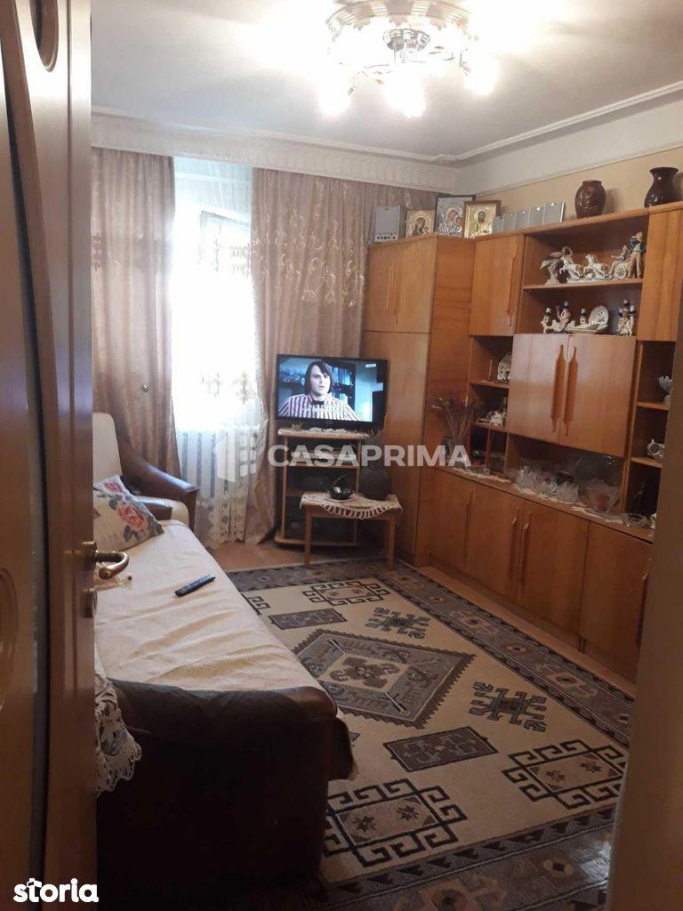 Apartament de vanzare, Iasi, Tigarete - Foto 1
