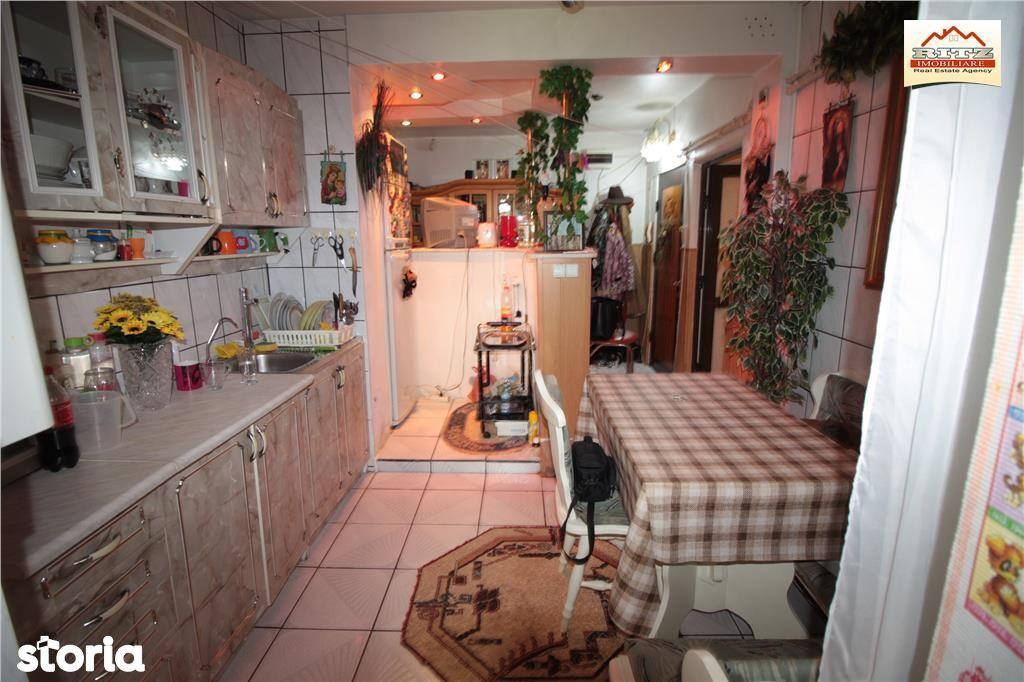 Apartament de vanzare, Olt (judet), Strada Primăverii - Foto 3