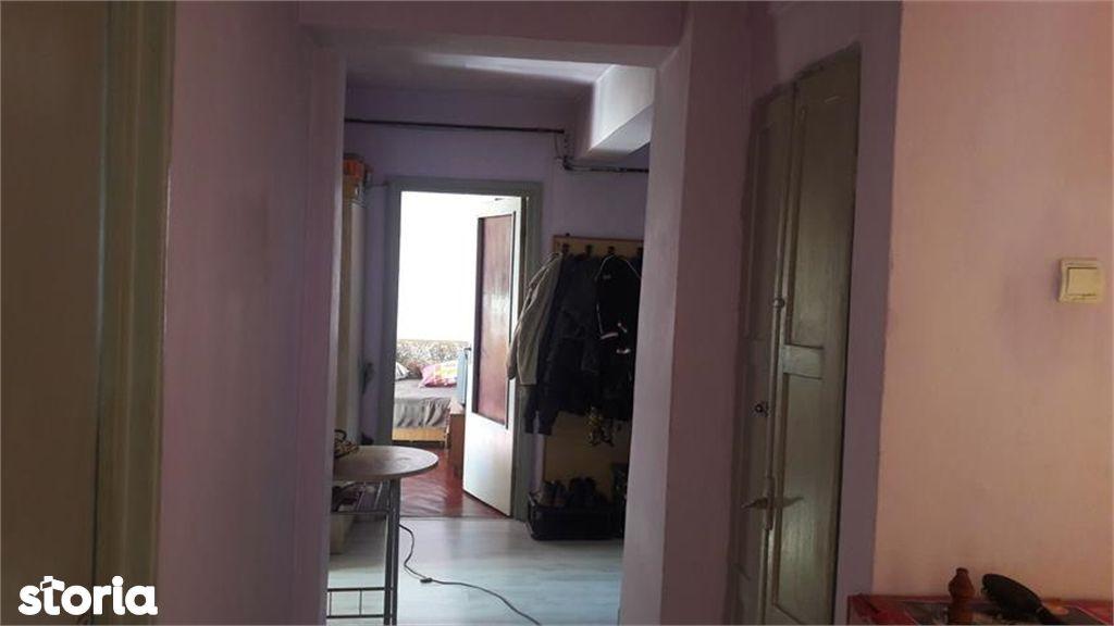Apartament de vanzare, Argeș (judet), Bulevardul I. C. Brătianu - Foto 3