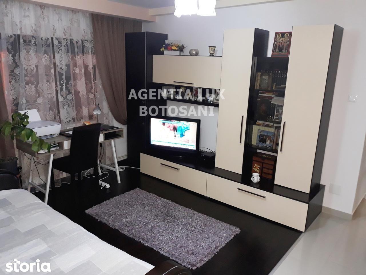 Apartament de vanzare, Botoșani (judet), Bucovina - Foto 1