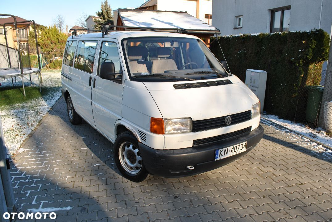 Volkswagen Transporter T4 2.5 TDI 9 osobowy - 2