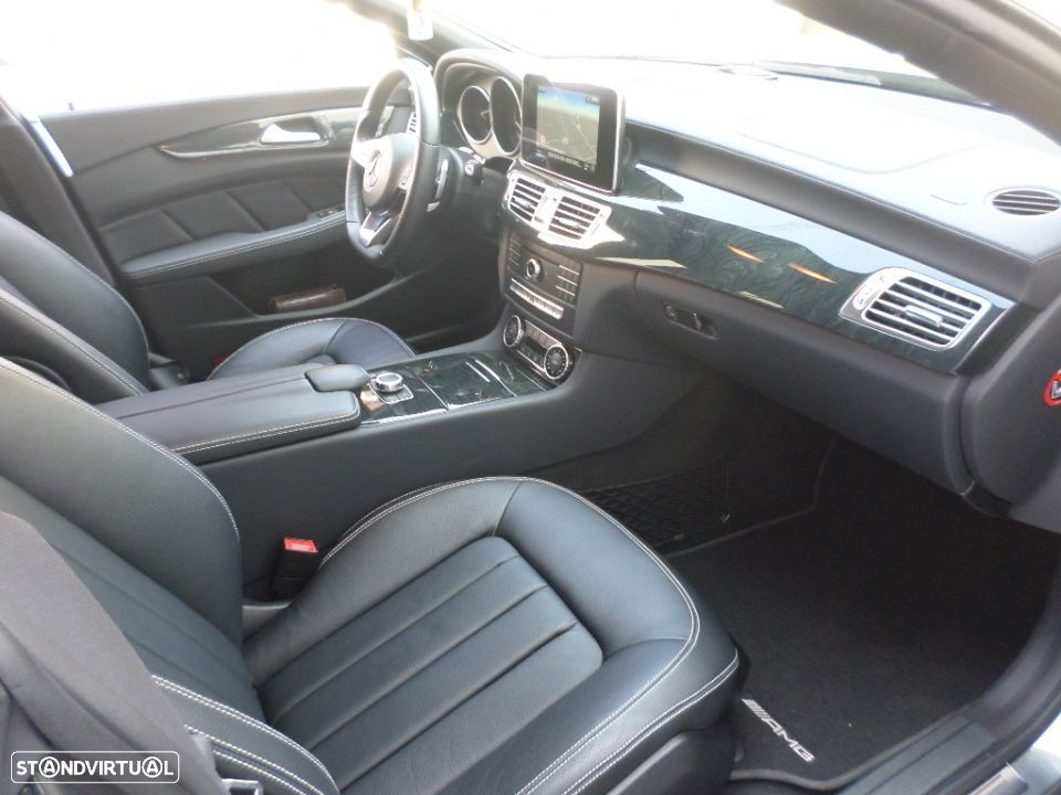 Mercedes-Benz CLS 220 d Shooting Brake AMG 9GTronic - 12