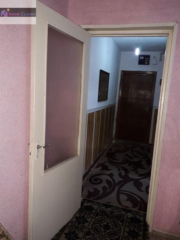 Apartament de vanzare, Dâmbovița (judet), Strada 10 Mai - Foto 6