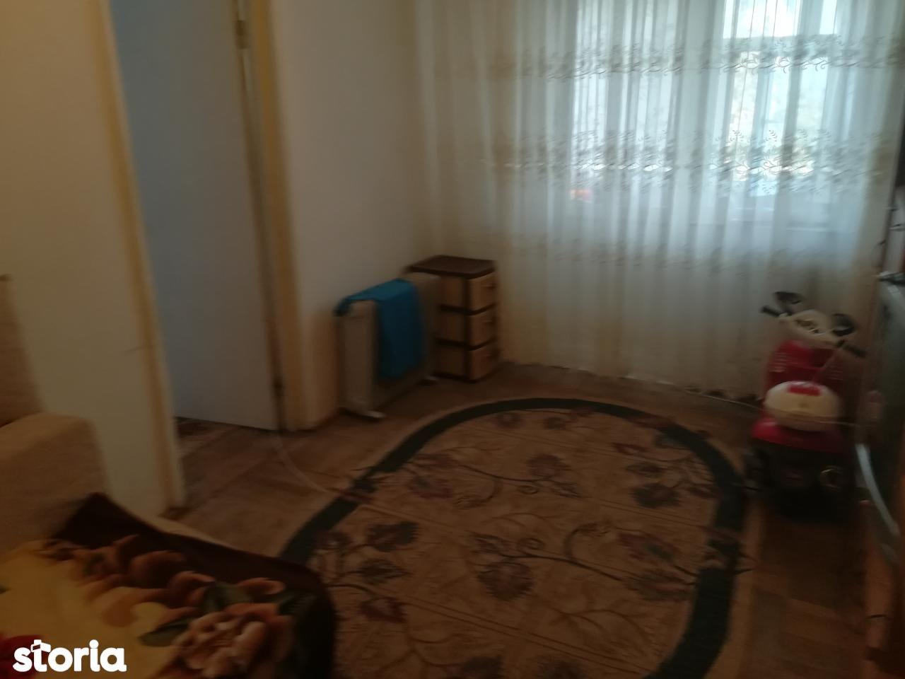 Apartament de vanzare, Bacau, Narcisa - Foto 5