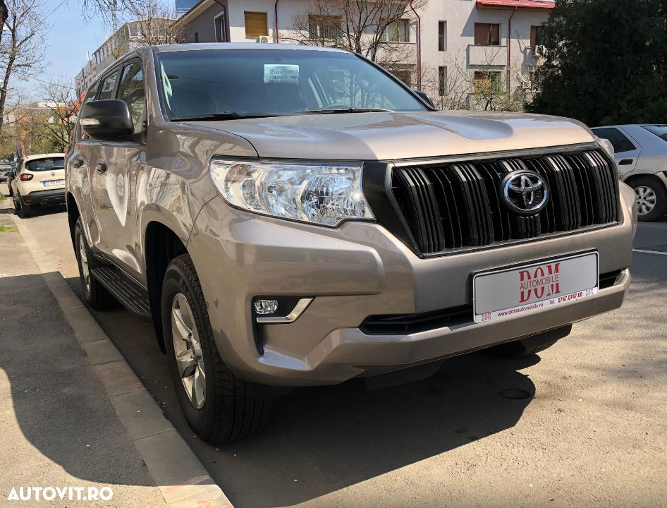 Toyota Land Cruiser - 18