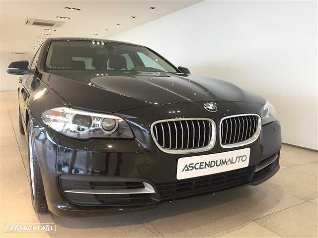 BMW 520 d Line Luxury Auto - 2