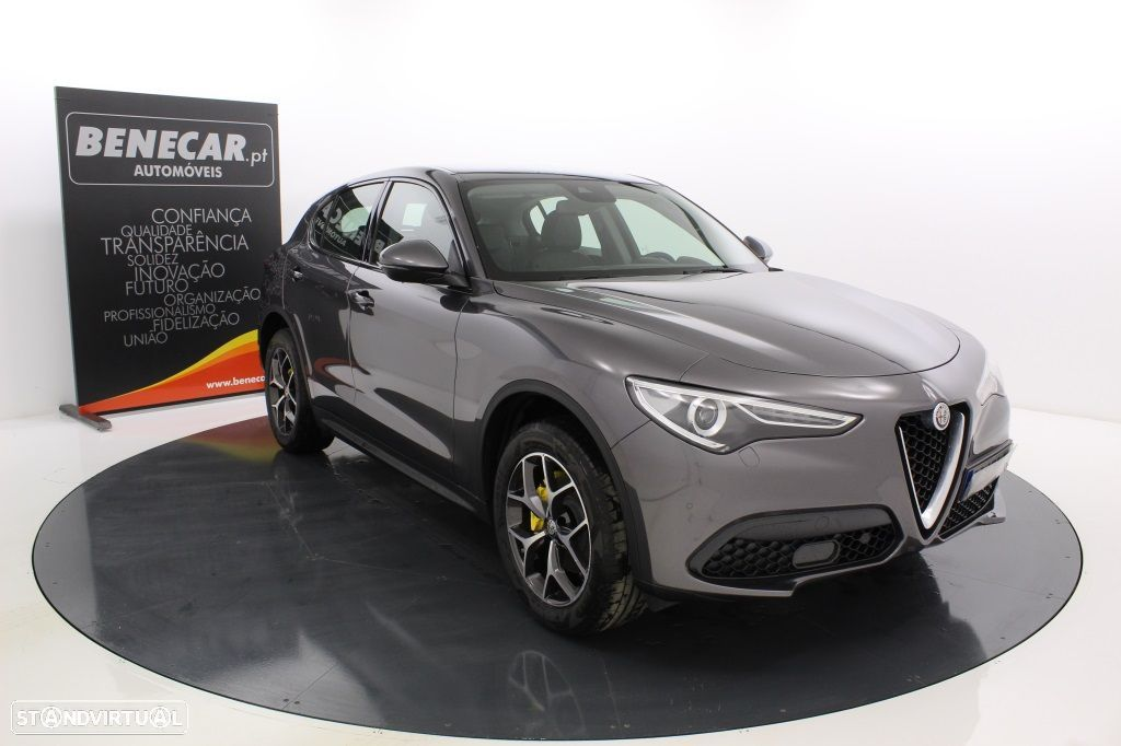 Alfa Romeo Stelvio 2.2 Turbo Q4 Super AT8 210cv Cx. Aut. GPS / Cam. Traseira - 11