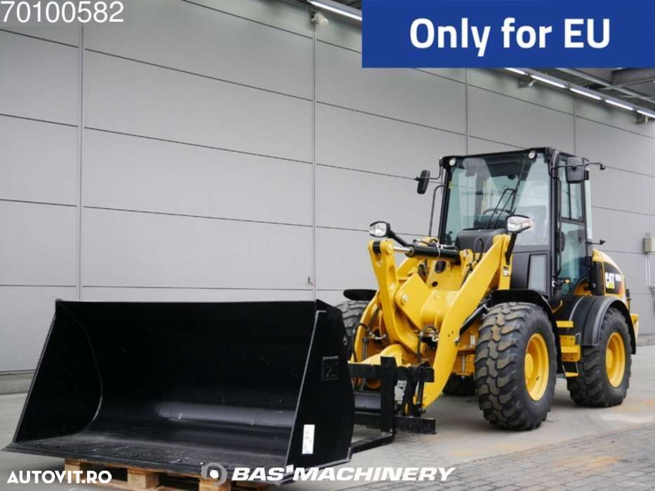 Caterpillar 908M New unsed - 1 year warranty - on stock in March - 1