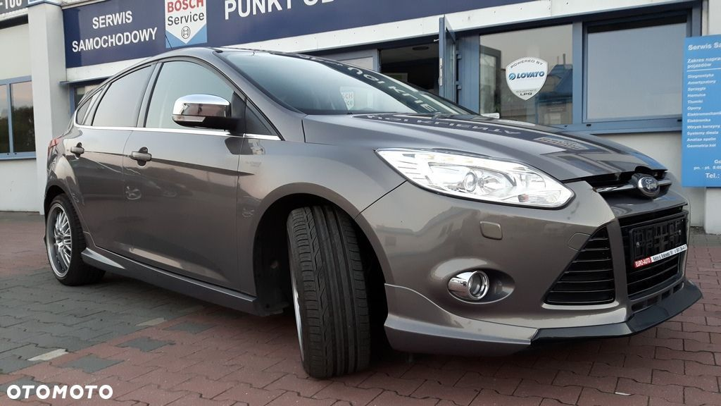 Ford Focus 1.6 benzynowy ( Eco Boost) 150 KM , wersja INDIVIDUAL - 18