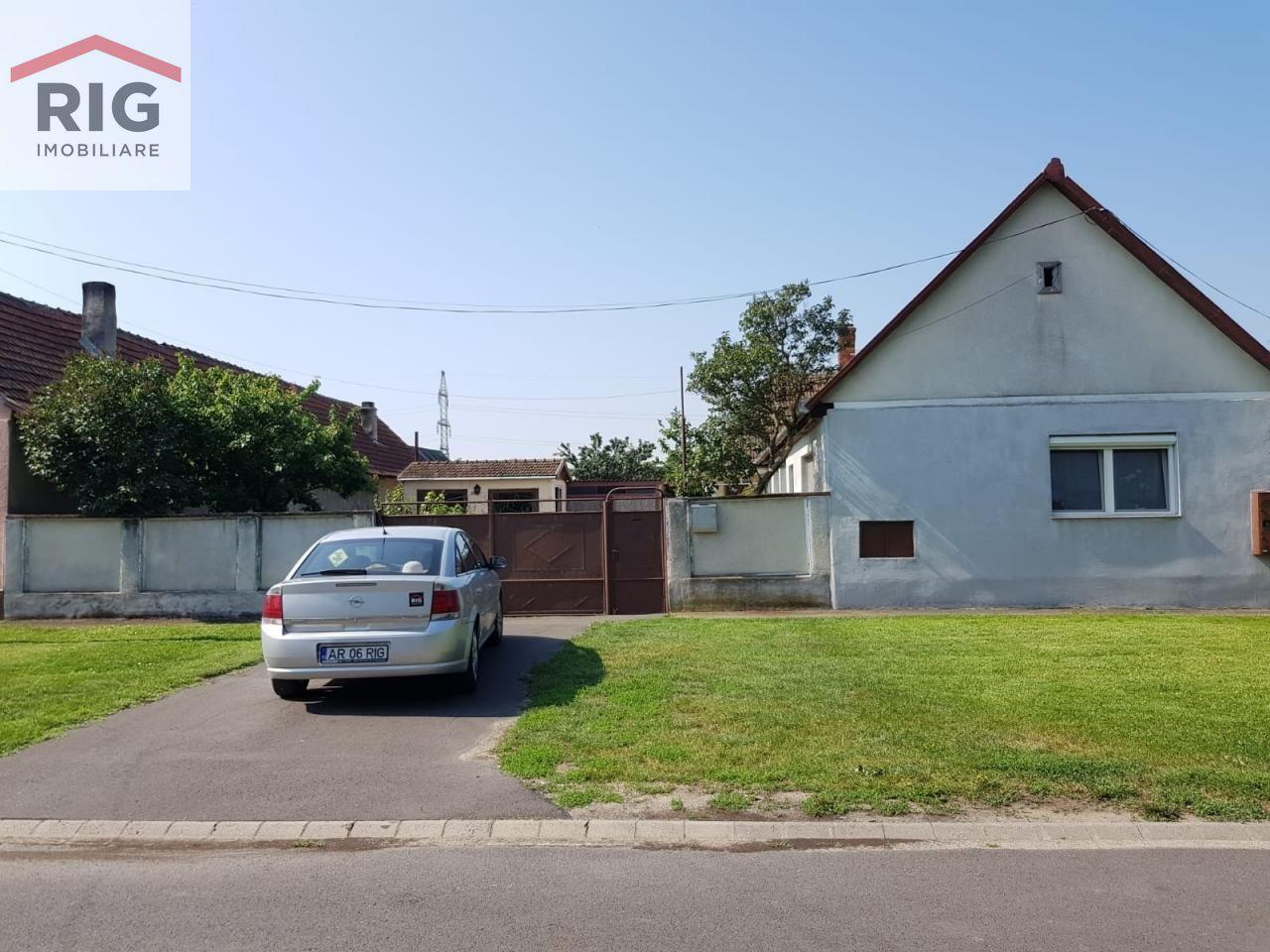 Casa de vanzare, Arad (judet), Arad - Foto 1