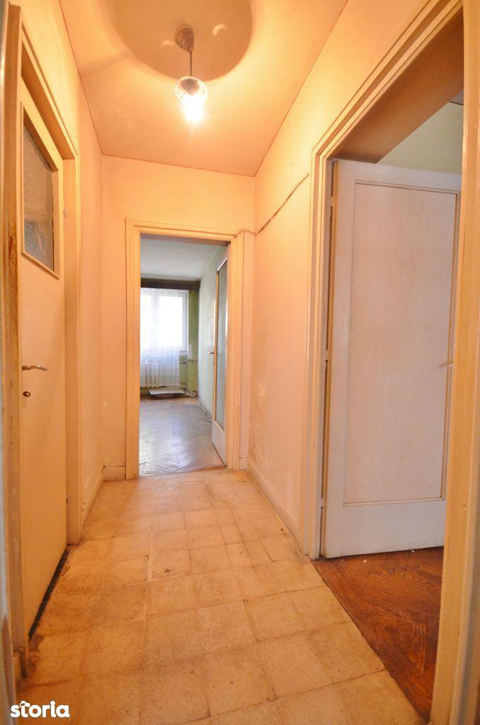 Apartament de vanzare, București (judet), Strada Giuseppe Garibaldi - Foto 2