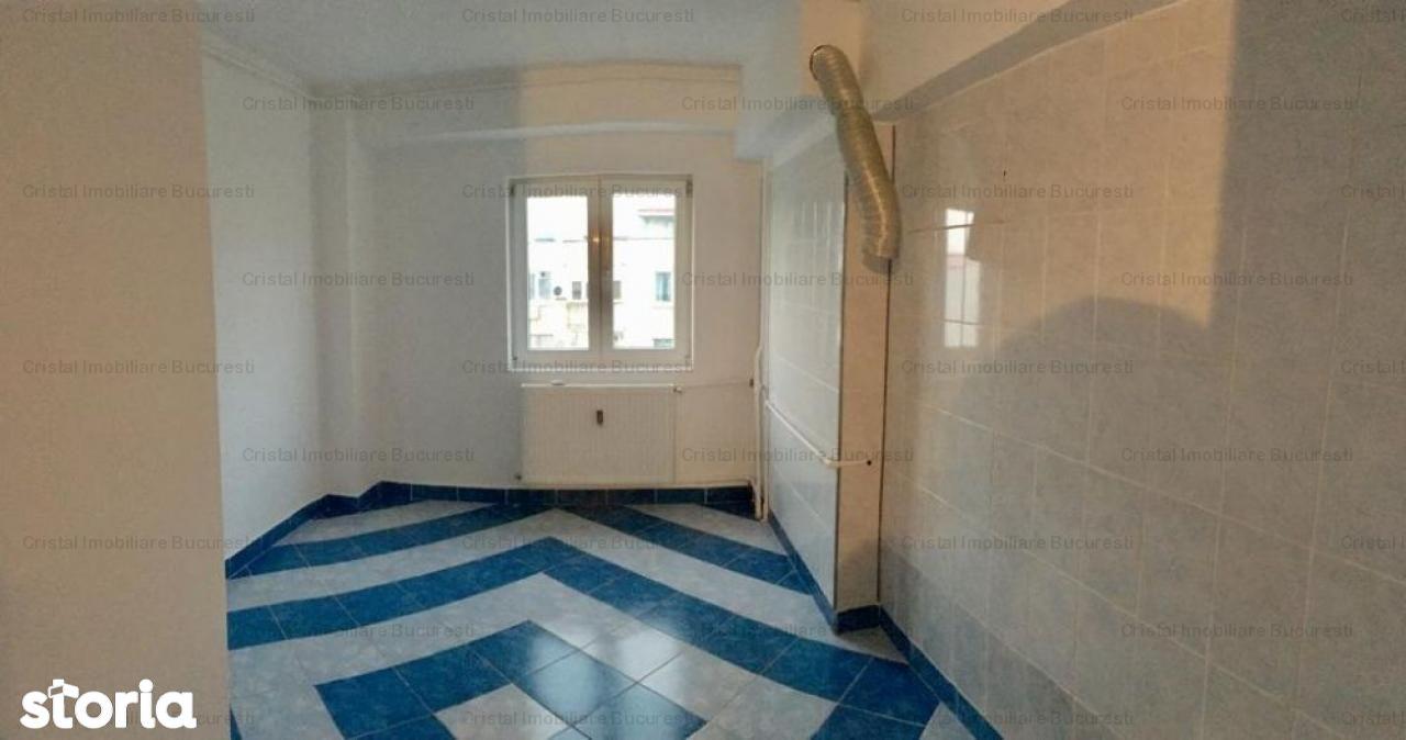 Apartament de vanzare, București (judet), Strada Alexandru cel Bun - Foto 2